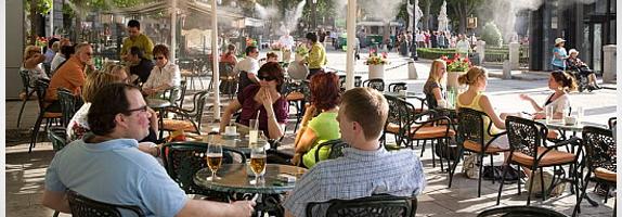 Terrazas de veladores y quioscos de hosteleria licencias for Cerramiento terraza sin licencia